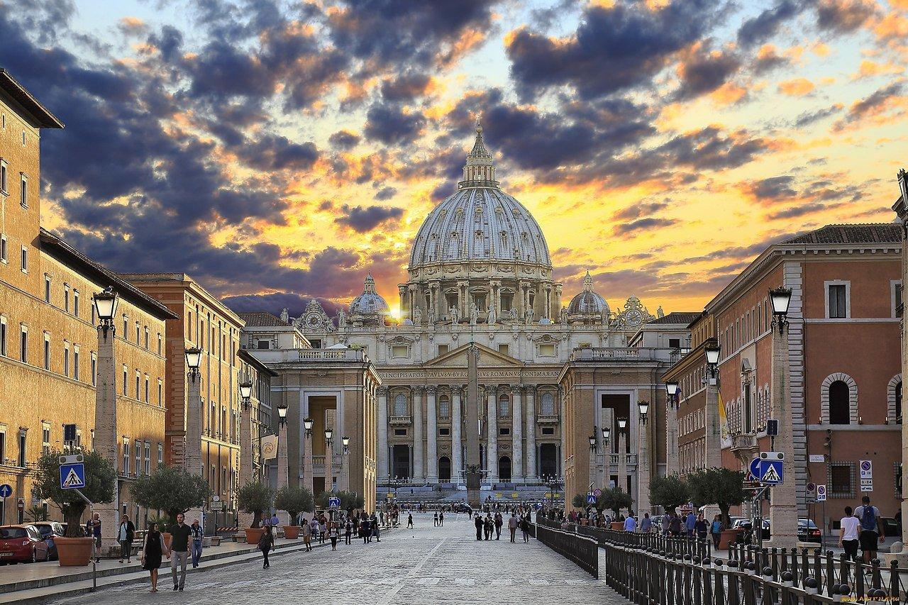 Евгения Кулишенко гид по Ватикану